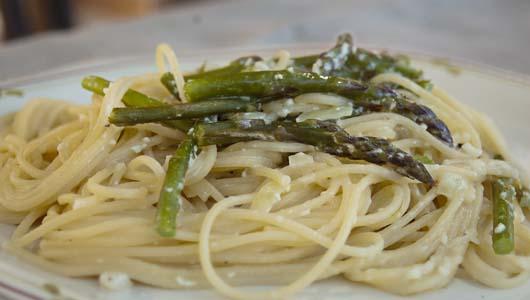 Asparagus sauce for pasta